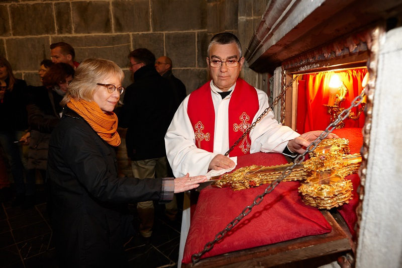 KARIN= The Lignum Crucis