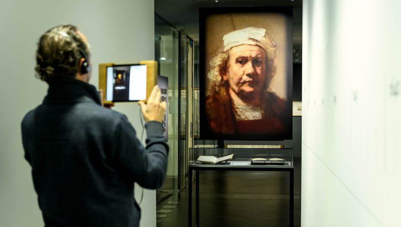 Zeventiende-eeuwse documenten tot leven wekken Augmented Reality